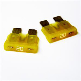 Camco 65131 20 Amp Blade ATO Fuse - 2 Pack